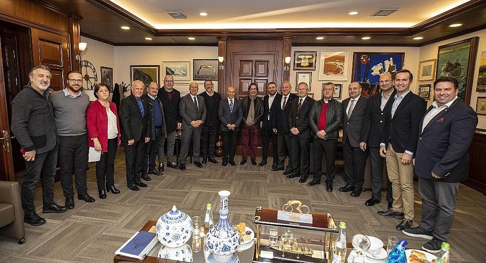 2019/12/izmir-buyuksehir-belediyesinden-profesyonel-spor-kuluplerine-10-milyonluk-destek-20191210AW87-1.jpg