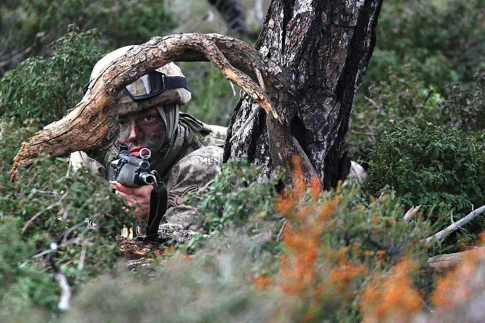 2020/01/foca-jandarma-komando-okulundan-egitim-alan-turkiyenin-ilk-kadin-jandarma-komando-astsubaylari-20200128AW92-10.jpg