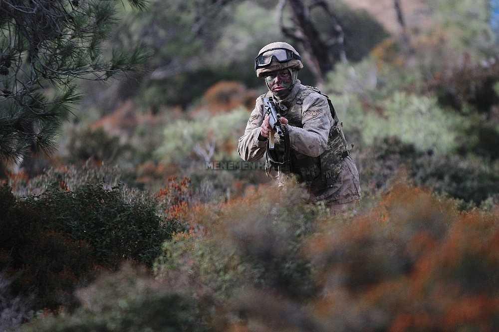 2020/01/foca-jandarma-komando-okulundan-egitim-alan-turkiyenin-ilk-kadin-jandarma-komando-astsubaylari-20200128AW92-7.jpg