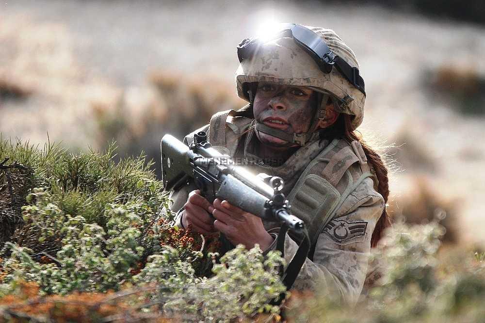 2020/01/foca-jandarma-komando-okulundan-egitim-alan-turkiyenin-ilk-kadin-jandarma-komando-astsubaylari-20200128AW92-9.jpg