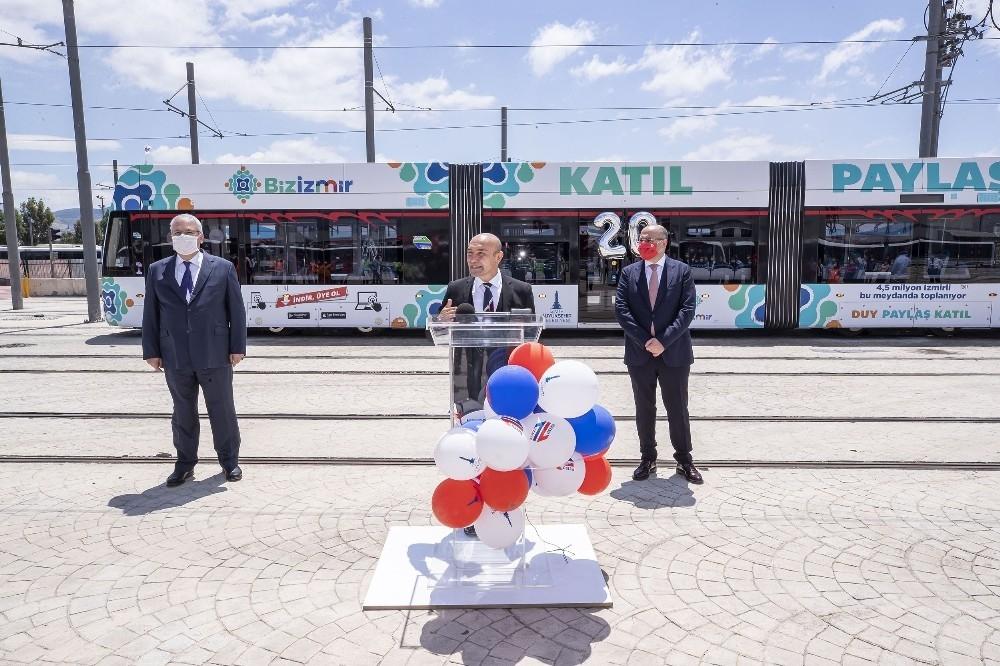 2020/05/izmir-metrosu-20-yasinda-20200522AW02-1.jpg