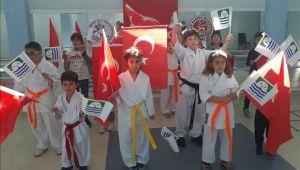Foça'nın Minik Sporcuları Karete Sınavında Ter Döktü