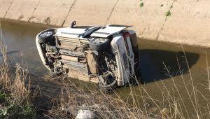 Menemen de Kaza : Sulama Kanalına Uçtu