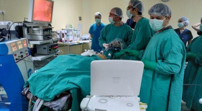 Aynı Anda İki Farklı Organ Ameliyat Edildi