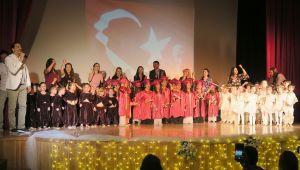 Foça Belediyesi Çocuk Evi Yıl Sonu Mezuniyet Sevinci