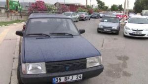 İzmir'de Arabalar Toz İçinde Kaldı