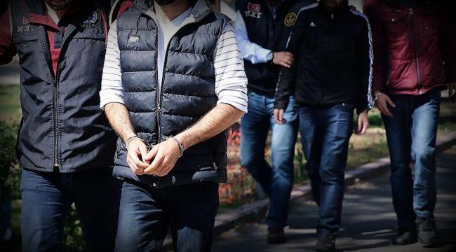 İzmir'de FETÖ Operasyonu: 8 Gözaltı Kararı Çıktı