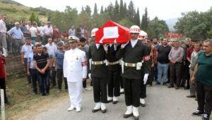 İzmir Şehidini Binlerce Kişiyle Uğurladı