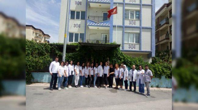 Menemen Efes Özel Eğitim Merkezi Öğrencilerinden Anlamlı Kutlama Videosu