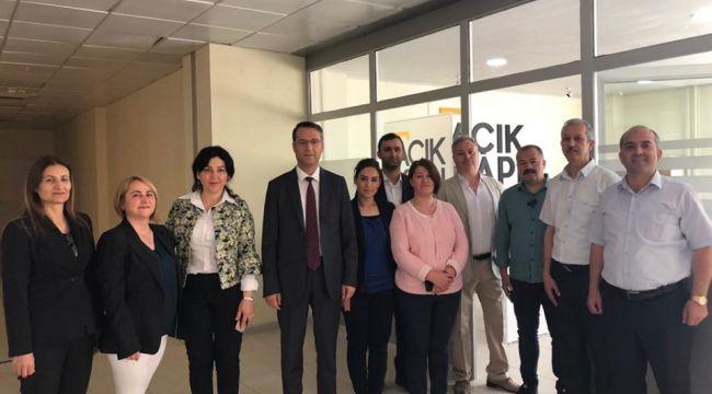 Menemen'in Açık Kapı Bürosu Hizmete Açıldı