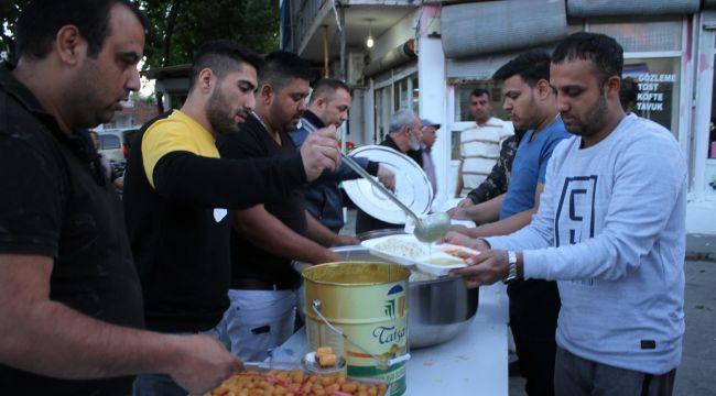 Roman Vatandaşlar İftar Yemeğinde Bir Araya Geldi.