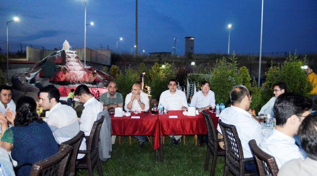 Aliağa'da tayini çıkan Hakim ve Savcılara veda yemeği düzenlendi
