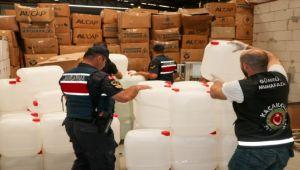 İzmir'de Kaçak İçki Satanlara Büyük Operasyon