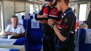 İzmir'de Yapılan Denetlemelerde 12 Kişi Yakalandı