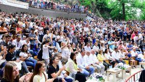 Kemalpaşa'da 48. Kiraz Festivali Düzenlendi
