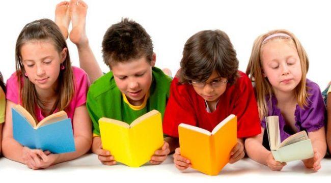 Kitap okuyan çocuklar daha başarılı oluyor