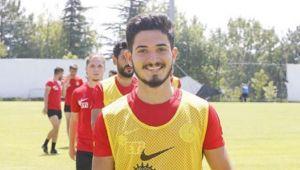 Trabzonspor Fırat Üzüm İle Anlaştı