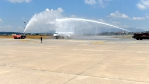 Ukraya'dan İzmir'e direk uçuş başladı.