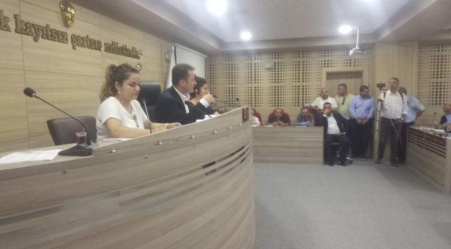 Menemen'de Seyyar Satıcılık Yasaklandı