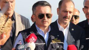 Tarım ve Orman Bakanı Bekir Pakdemirli: İzmir'de Orman yangını kontrol altında