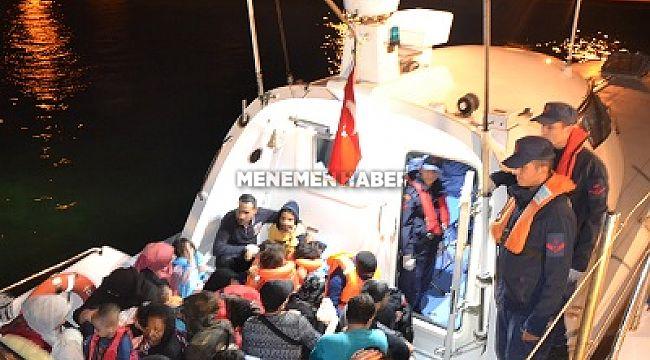 Aliağa açıklarında 59 Düzensiz Göçmen Yakalandı.