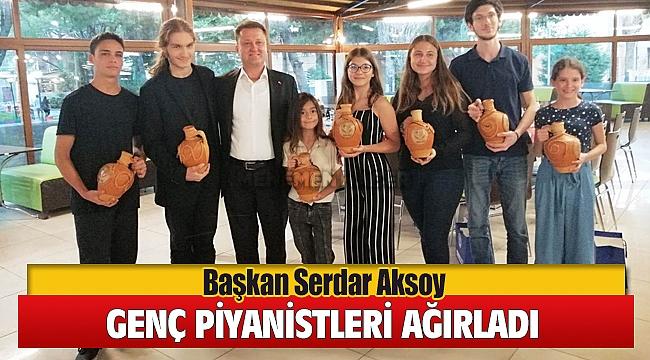 Başkan Serdar Aksoy Festival İçin Gelen Genç Piyanistleri Ağırladı