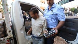 Buca'da Seyyar Satıcılara Zabıta Ceza Yağdırdı