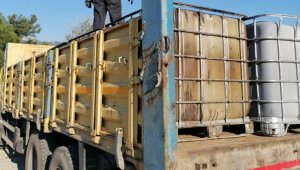 İzmir'de 5 ton kaçak akaryakıta el konuldu