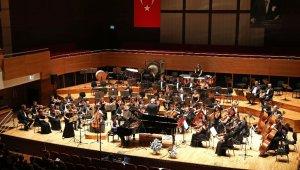 Yaşar Üniversitesi Senfoni Orkestrası'ndan 'Cumhuriyet Konseri'