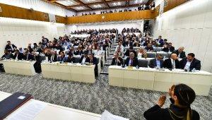 İzmir Büyükşehir Belediye Meclisi'nde gündem ESHOT oldu