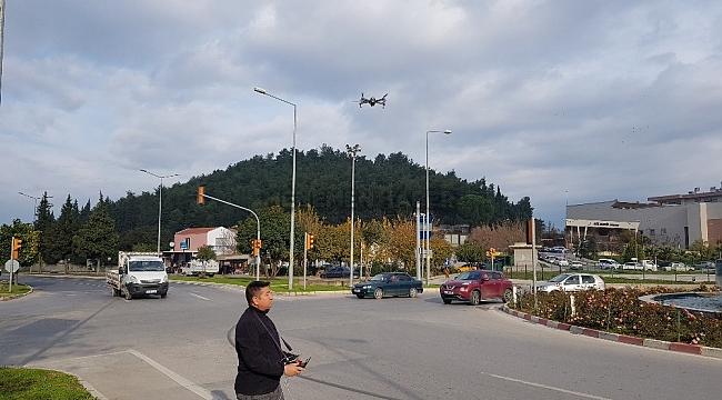 Trafik timleri drone ile denetim yaptı, sürücüleri affetmedi