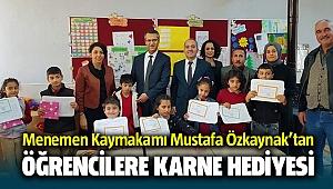 Menemen Kaymakamı Mustafa Özkaynak'tan Öğrencilere karne hediyesi