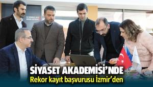 AK Parti İzmir'de 'Siyaset Akademisi' kayıt rekoru kırdı
