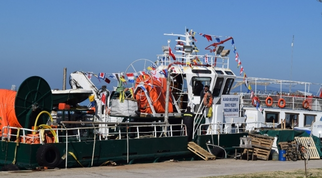 Aliağa'da Temizlik gemisi göreve hazır