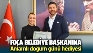 Foça Belediye Başkanı Fatih Gürbüz'e anlamlı doğum günü hediyesi