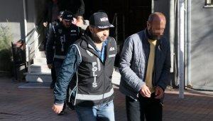 İzmir ve Aydın'da ihalelere fesat karıştıranlara operasyon