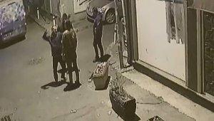 İzmir'de patronunun işçisini döverek öldürdüğü anlar kamerada