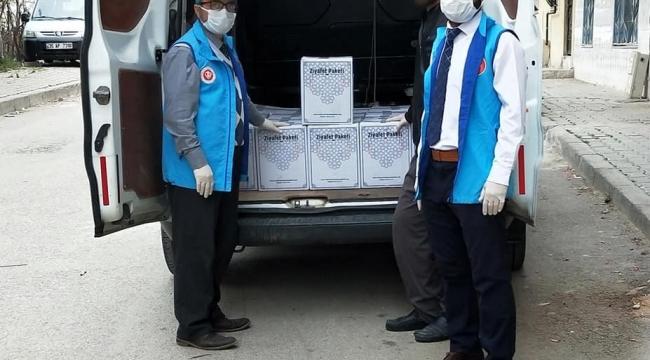 İmamlar yardıma muhtaç vatandaşların imdadına koşuyor
