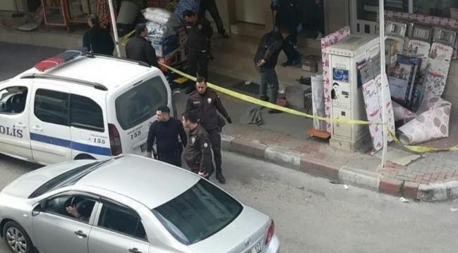 İzmir'de iş yerine ateş açıldı: Coşkun Küçük adında 1 kişi öldü