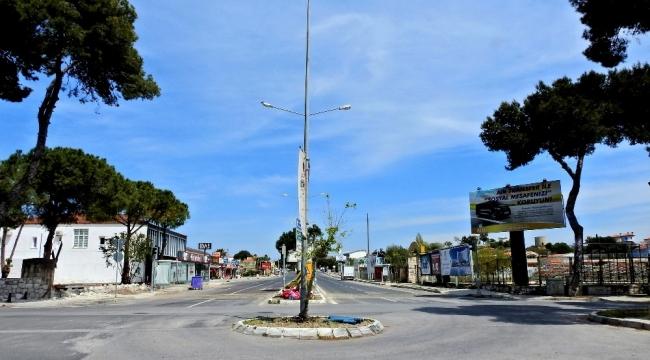Çeşme'de sokağa çıkma kısıtlamasında 18 kişiye ceza