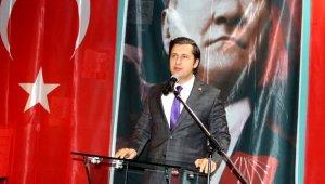 """CHP İzmir'den camilerde """"Çav Bella"""" şarkısına suç duyurusu"""