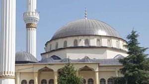 İzmir'de camilerde müzik yayını yapılmasıyla ilgili gözaltı