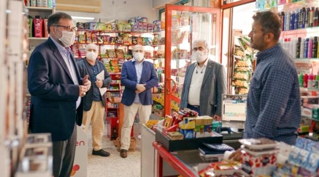 MÜSİAD İzmir Başkanı Saygılı zimem defteri satın aldı