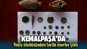 Kemalpaşa'da arama yapılan otobüsten tarihi eserler çıktı