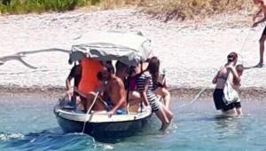 Foça'da tekne faciası: 4 ölü, 1 çocuk kayıp