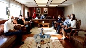 Kemalpaşa Belediye Başkanı Rıdvan Karakayalı'dan İzmir Valisi Yavuz Selim Köşger'e ziyaret