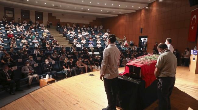 Prof. Dr. Ferit Hakan Öner son yolculuğuna uğurlandı