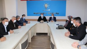 """Başkan Akkaya: """"AK Parti kutlu bir dava"""""""