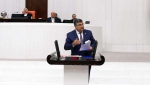 """CHP İzmir Milletvekili Kamil Okyay Sındır, """"yerel yönetimlerin mali özerkliği tırpanlanıyor"""""""