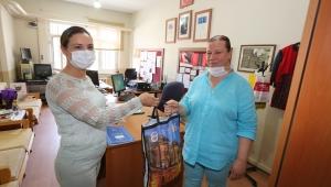 EFES SELÇUK BELEDİYESİ'NDEN OKULLARA HİJYEN KİTİ